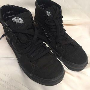 Vans Hi-Top Unisex Solid Black Sneakers